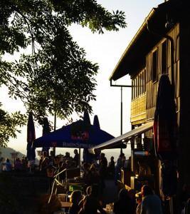 Abendstimmung im Sommer auf der Enzianhütte