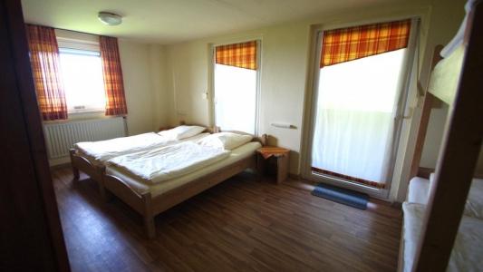 Drittes 4-Bettzimmer mit Stockbett und Doppelbett