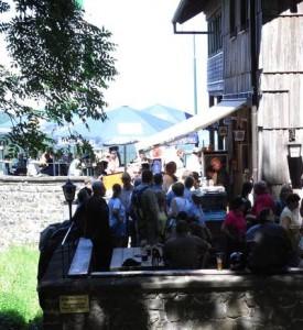 Terrasse der Enzianhütte von der Seite