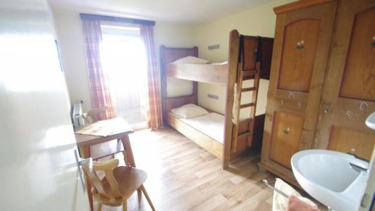 Zweites 2-Bett-Zimmer